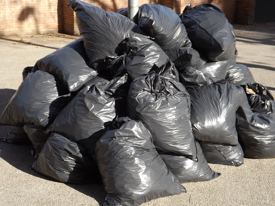 New Year's recycling and garbage collection schedule