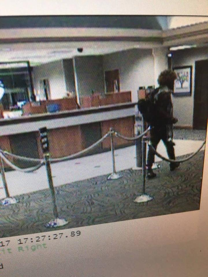 POLICE NEED YOUR HELP FINDING BANK ROBBER