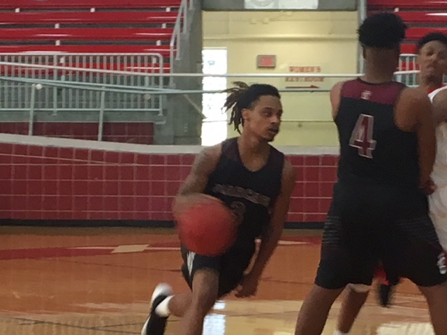 Long Beach Bearcats come close in holiday basketball tournament