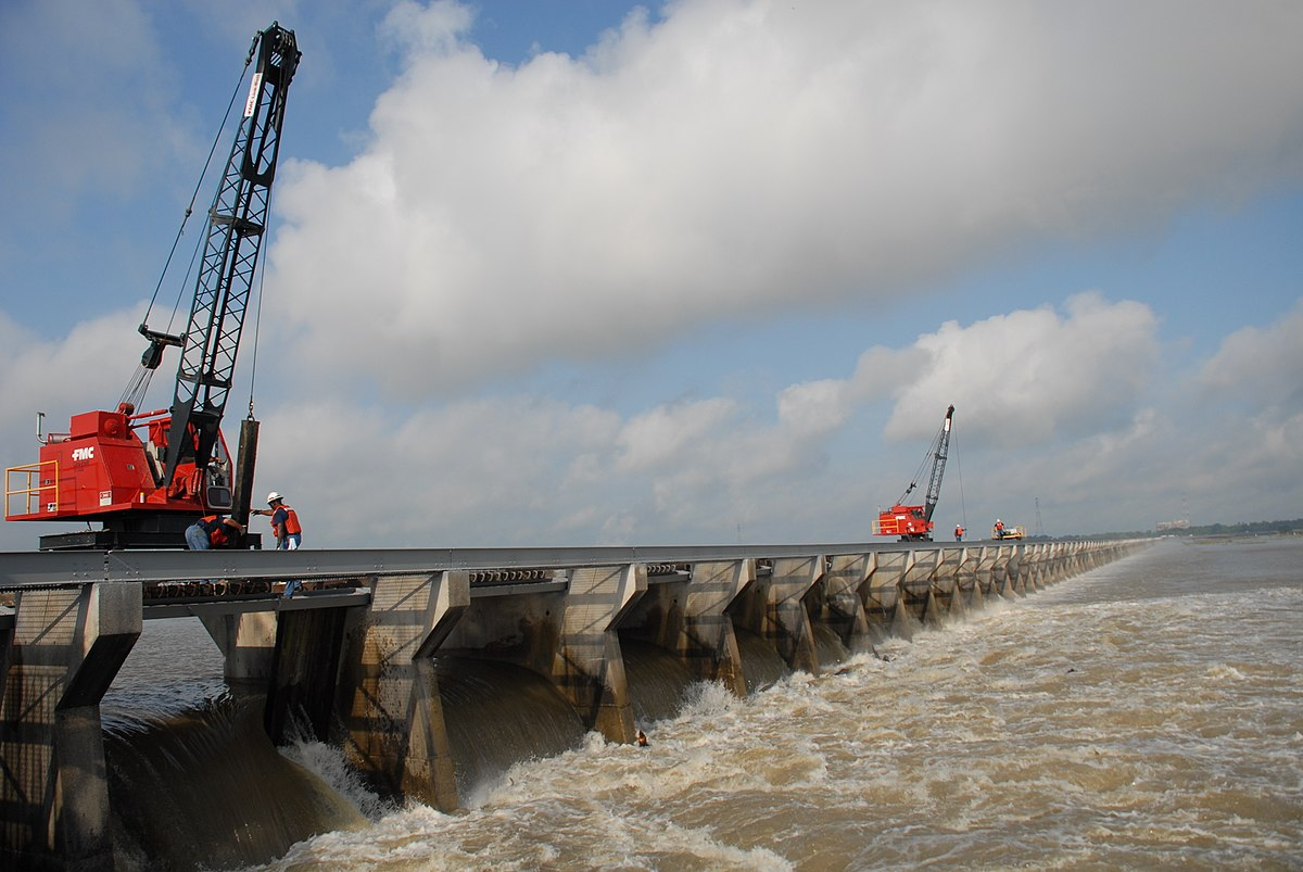 Spillway Finally Closes, Federal Bill Proposed