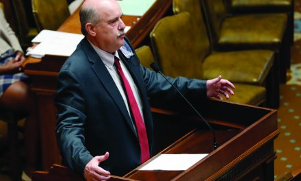 Mississippi School Funding Feud Resolved With Veto, New Bill