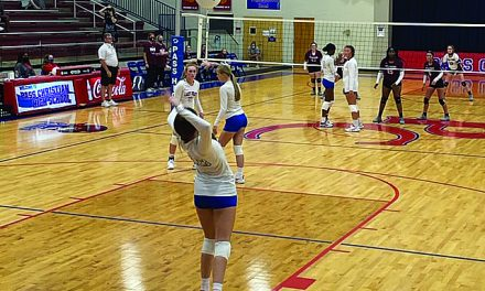 Lady Pirates Sweep Picayune