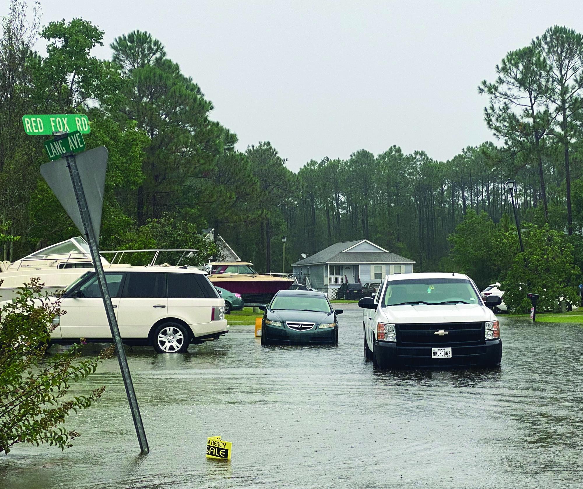Hurricane Ida Lashes Out on Gulf Coast