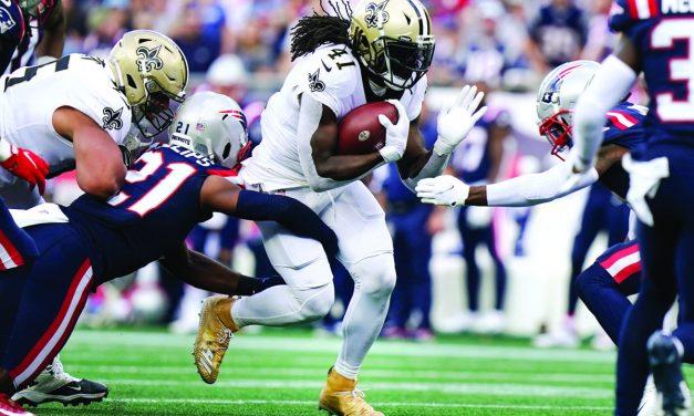 Saints Beat Patriots on the Road 28-13